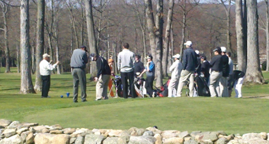 Students lining up their shots at Bowling Green Golf Club